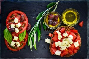 Pros and Cons of the Mediterranean Diet
